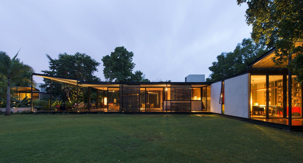 Casa-Itzimná-by-Reyes-Rios-Larrain-Arquitectos