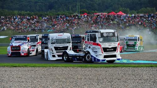 kamion-eb-magyarok