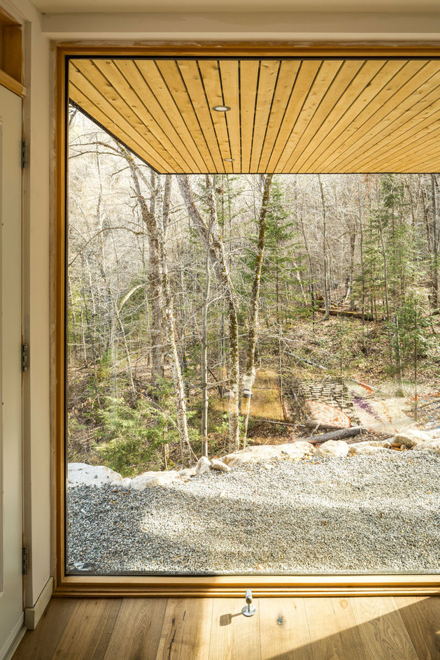 lake-cottage-white-cedar-exteriors-white-oak-interiors-10-thumb-autox944-55439