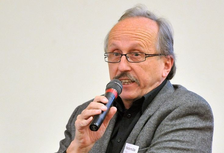 Niedermüller-Péter-és-az-általuk-Demokratikus-Koalíciónak-elnevezett-társaság-nem-kérnek-a-rezsicsökkentésből.-A-magyar-nemzet-pedig-belőlük-nem-kér2