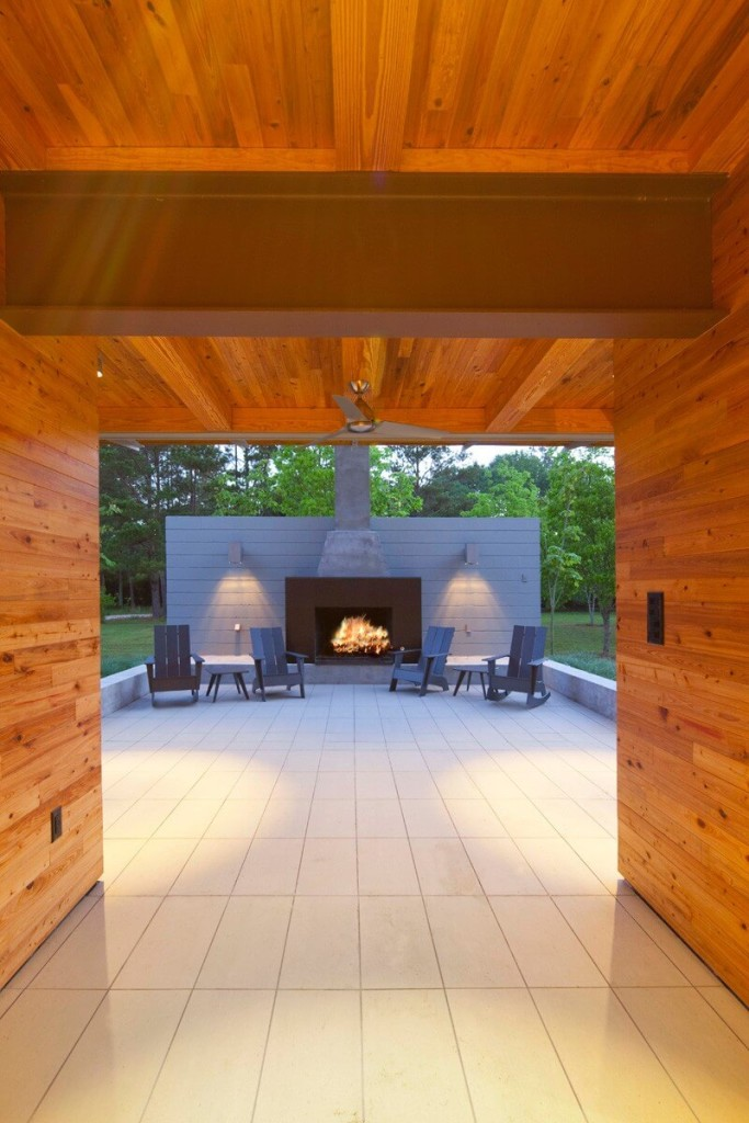 Pond-House-at-Ten-Oaks-Farm-by-Holly-Smith-Architects-12