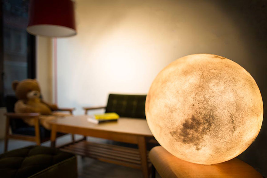 moon-lamp-luna-acorn-studio-1