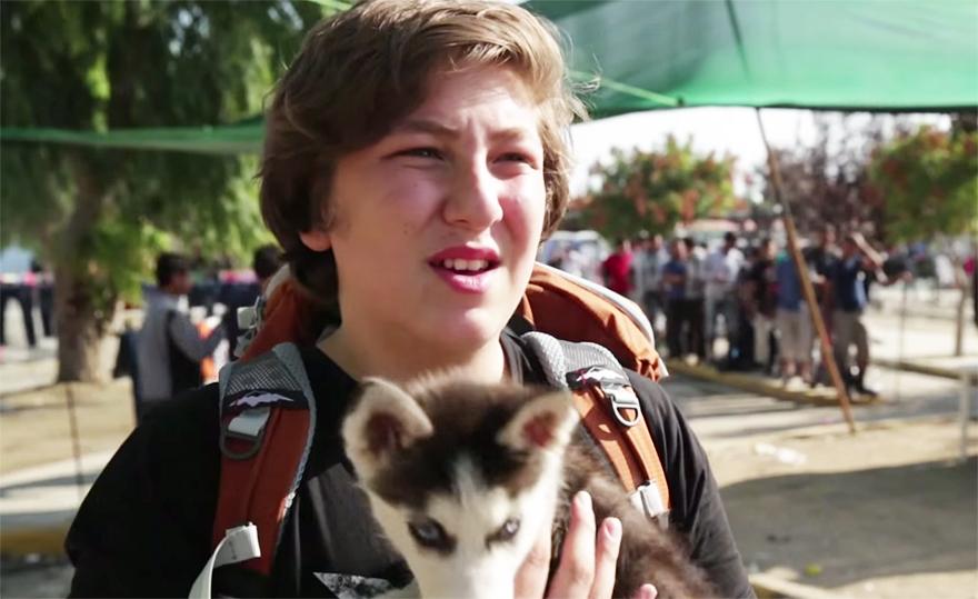 syrian-refugee-aslan-puppy-rose-500-km-greece-lesbos-3