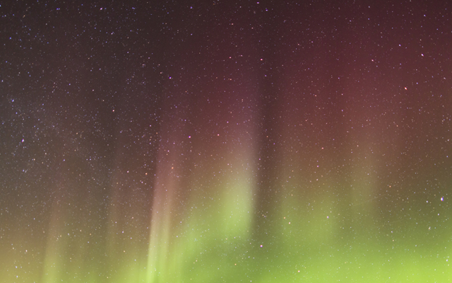 Aurora Borealis with red and green streaks