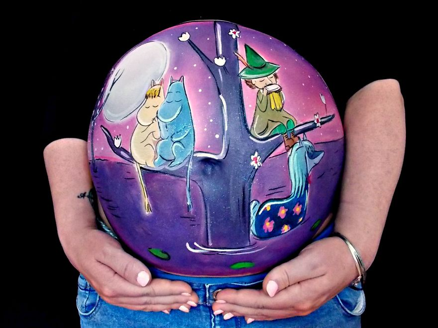 Perfect-painted-prenatal-proposal-a-surprise-bump-painting-with-a-difference-5__880