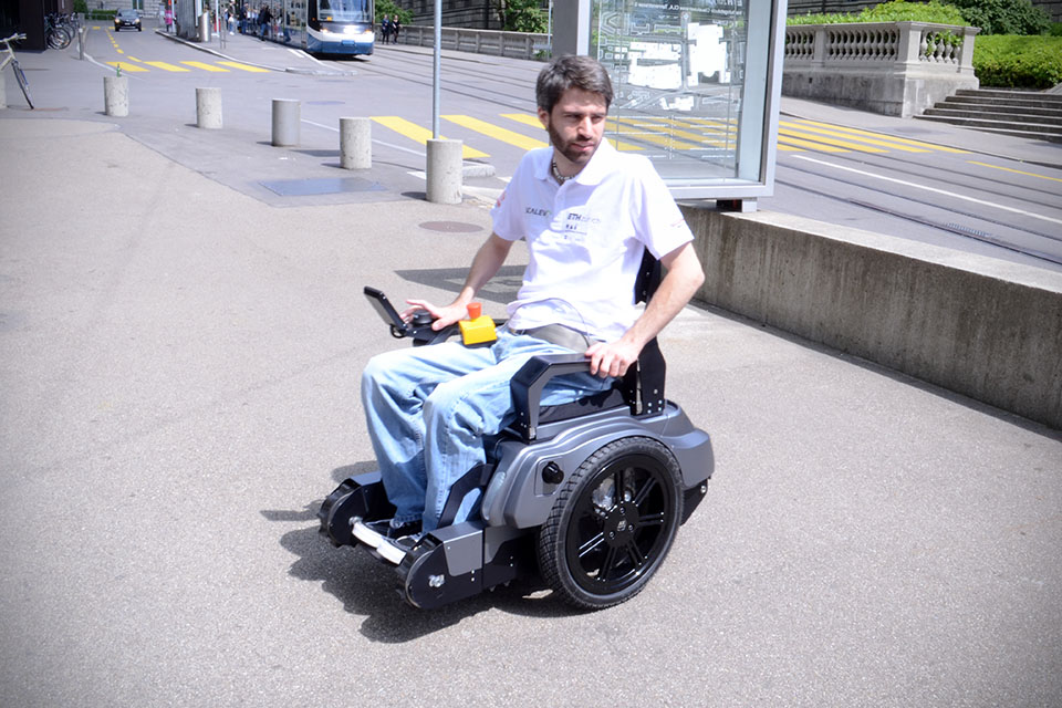 Scalevo-Stair-climbing-Wheelchair-image-1