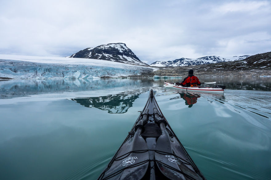 The-Zen-of-Kayaking-I-photograph-the-fjords-of-Norway-from-the-kayak-seat13__880