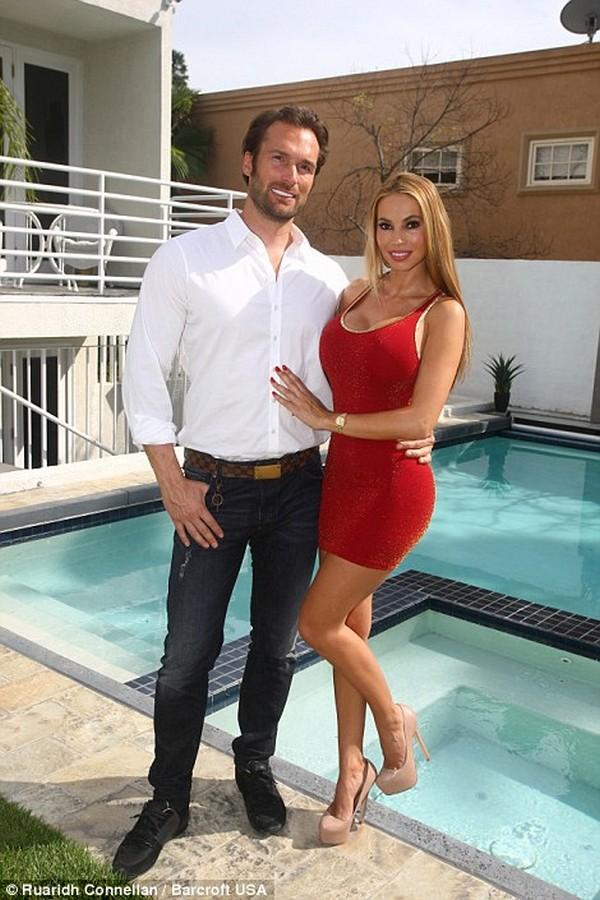 Yotta Couple13