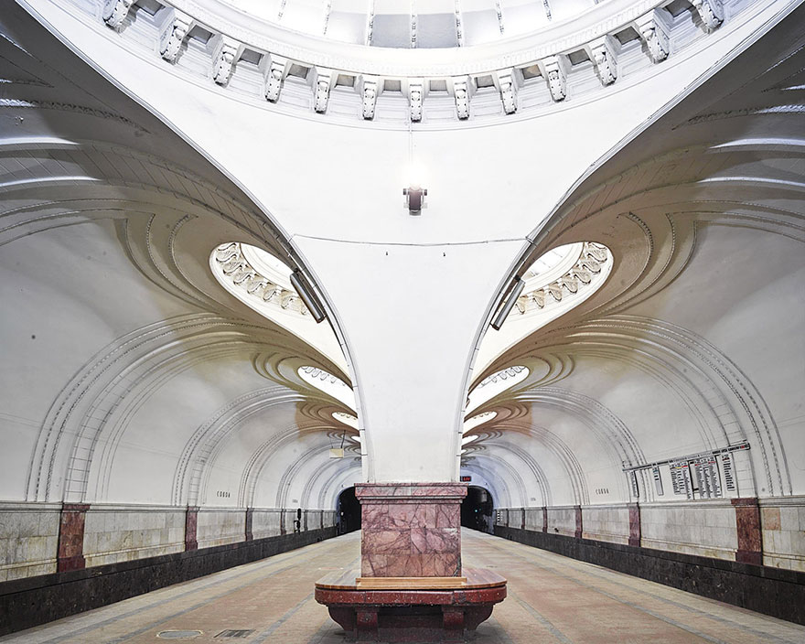 moscow-metro-station-architecture-russia-bright-future-david-burdeny-3