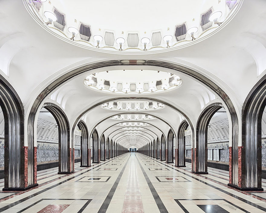 moscow-metro-station-architecture-russia-bright-future-david-burdeny-4