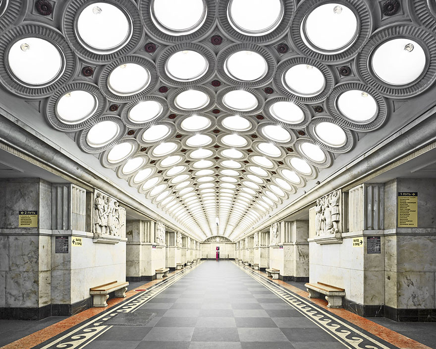 moscow-metro-station-architecture-russia-bright-future-david-burdeny-6