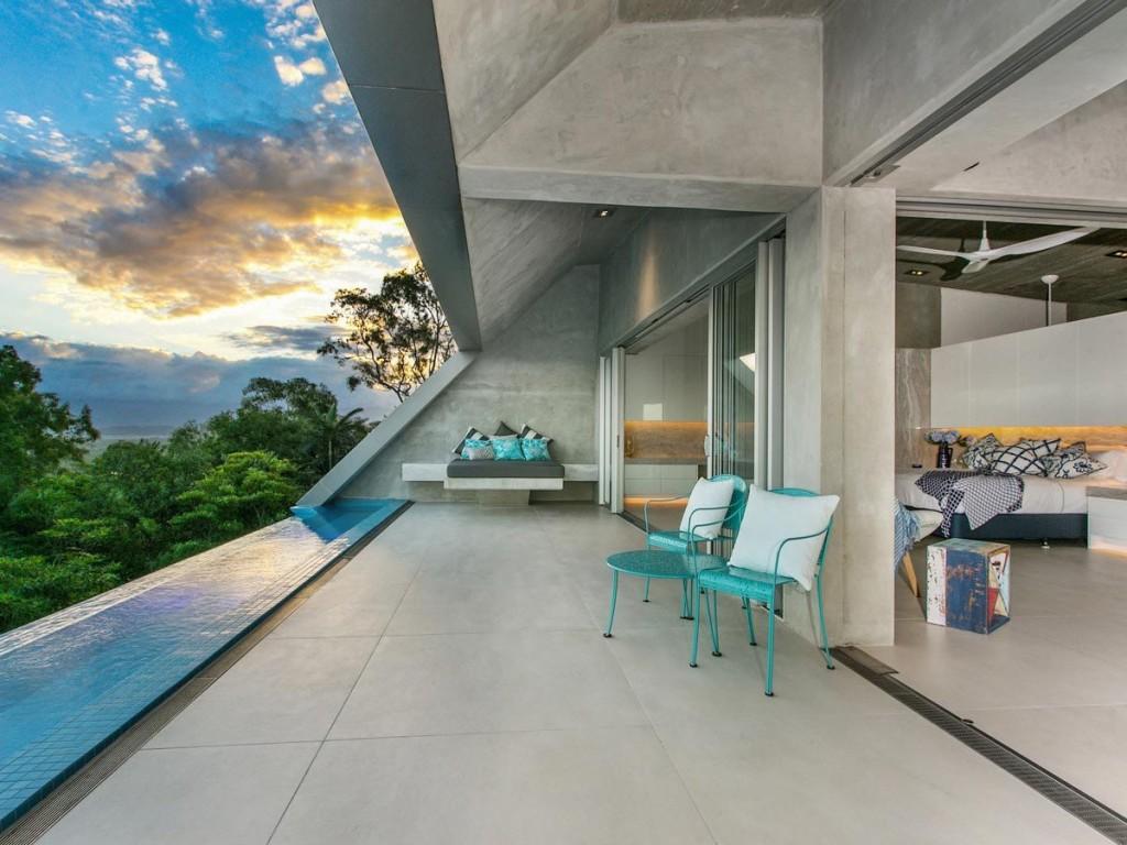 relaxing-designer-terrace