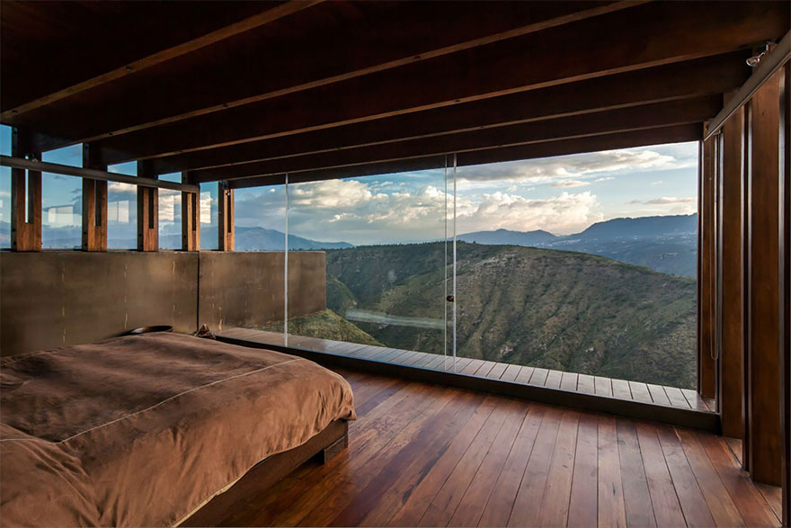 rooms-with-amazing-view-17__880