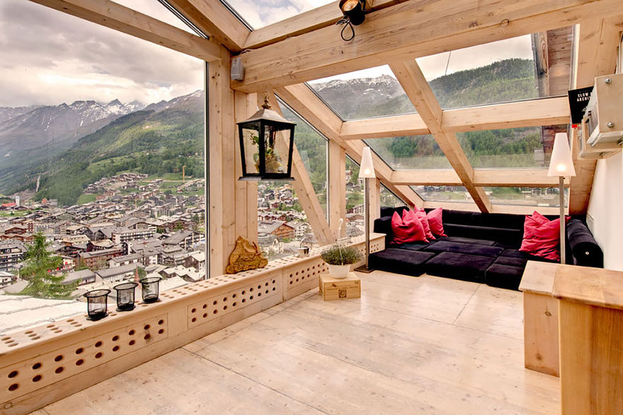 rooms-with-amazing-view-6__880