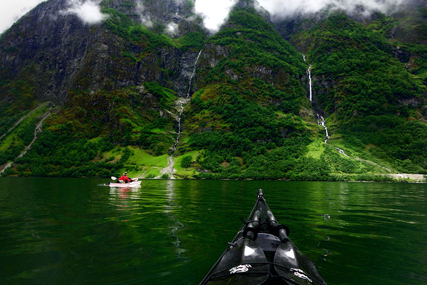 travel-kayak-photography-fjords-tomasz-furmanek-norway-6