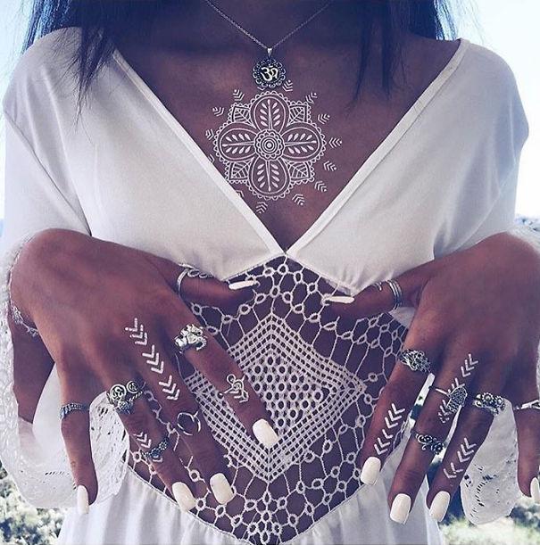 white-henna-tattoo-temporary-women-instagram-trend-45__605