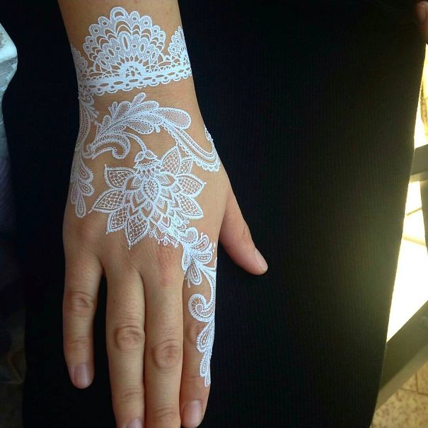 white-henna-tattoo-temporary-women-instagram-trend-47__605