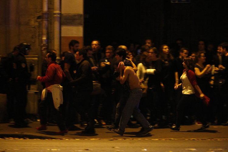 Így menekültek az emberek a Bataclanból