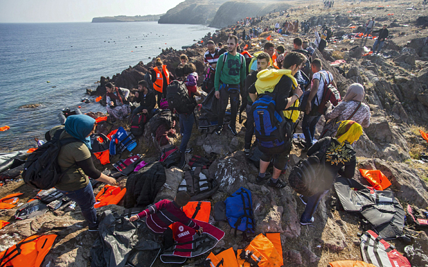 Migrants make land in Lesbos
