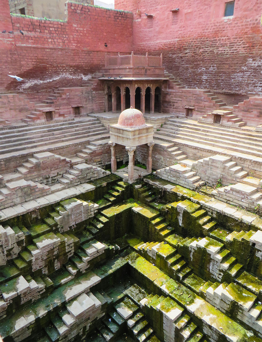 Ive-Spent-Years-Searching-For-Indias-Vanishing-Subterranean-Marvels30__880 (1)
