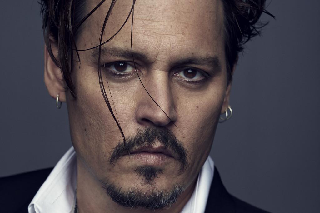 Johnny-Depp-est-le-nouvel-ambassadeur-Dior-Parfums