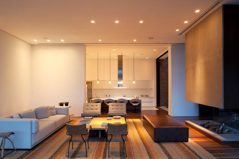 Quinta-da-Baronesa-house-living-room-fireplace