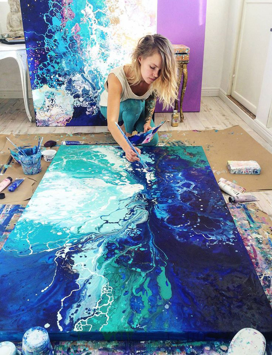 The-field-of-possibilities-a-splash-of-paint-away8__880