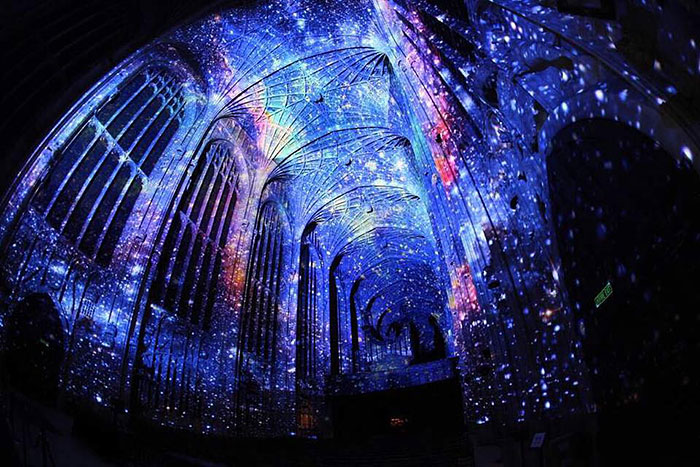 digital-projection-kings-college-chapel-cambridge-miguel-chevalier-13