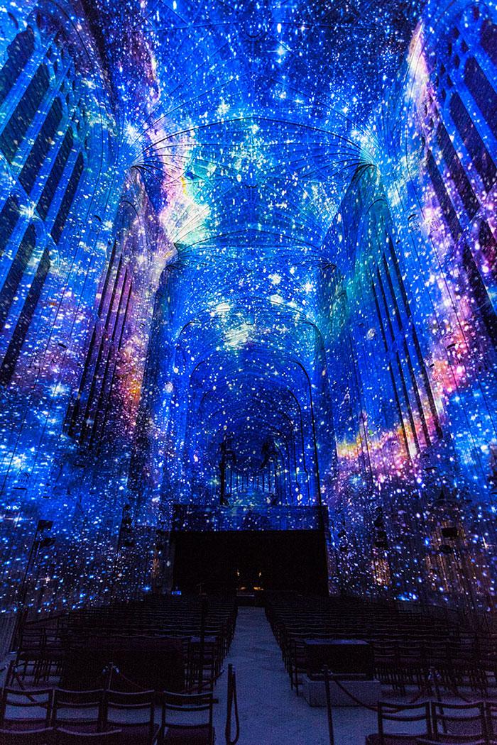 digital-projection-kings-college-chapel-cambridge-miguel-chevalier-5