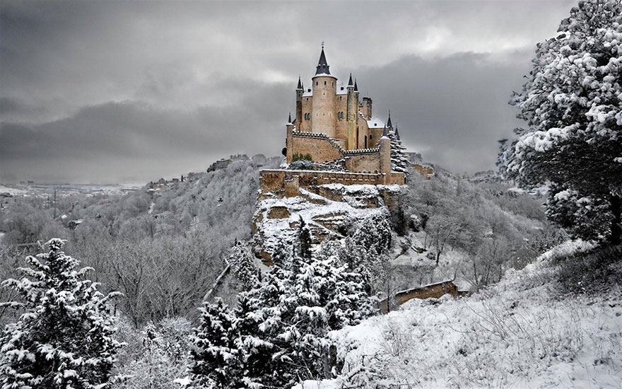 Hófehérke– Segovia kastély, Spanyolország