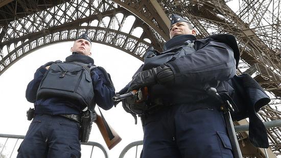 france-police-attacks-e1447502208267-140916-d0002269D74000041d0c1