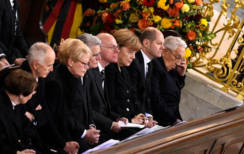 funeral-for-ex-chancellor-Helmut-Schmidt