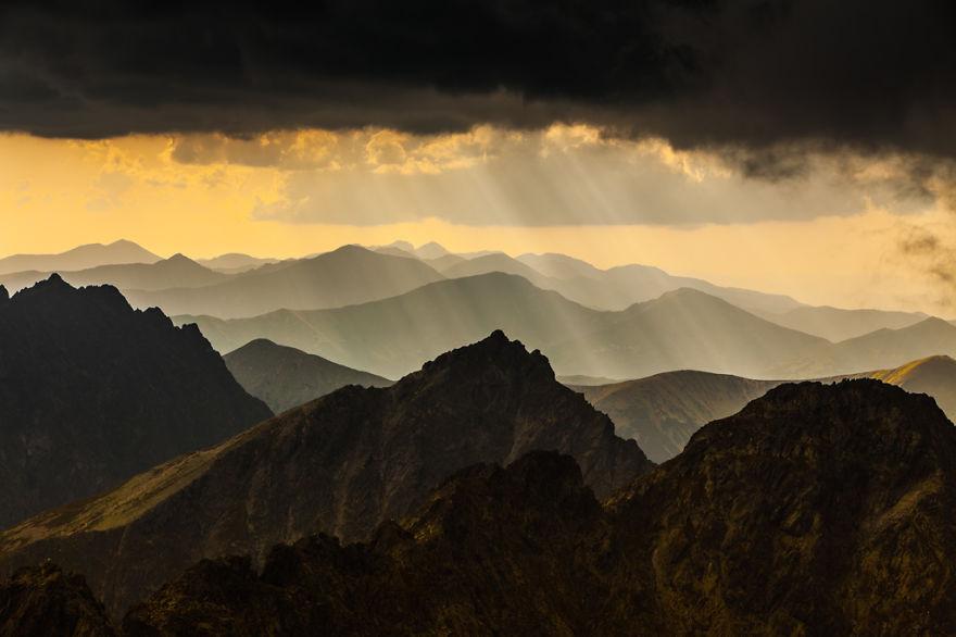 i-climb-the-polish-mountains-highest-peaks-to-document-their-beauty__880