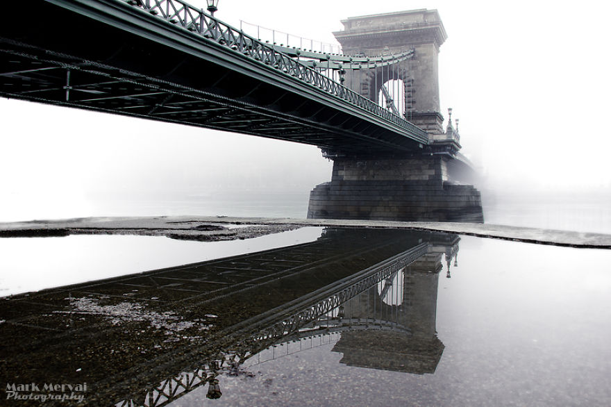 i-hunt-for-fog-to-capture-apocalyptic-photos-of-cities-10__880