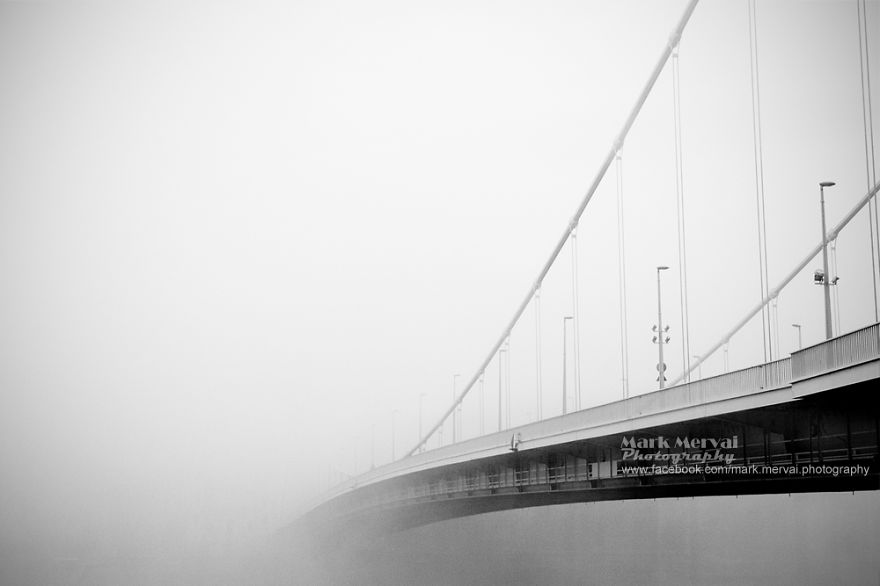 i-hunt-for-fog-to-capture-apocalyptic-photos-of-cities-12__880