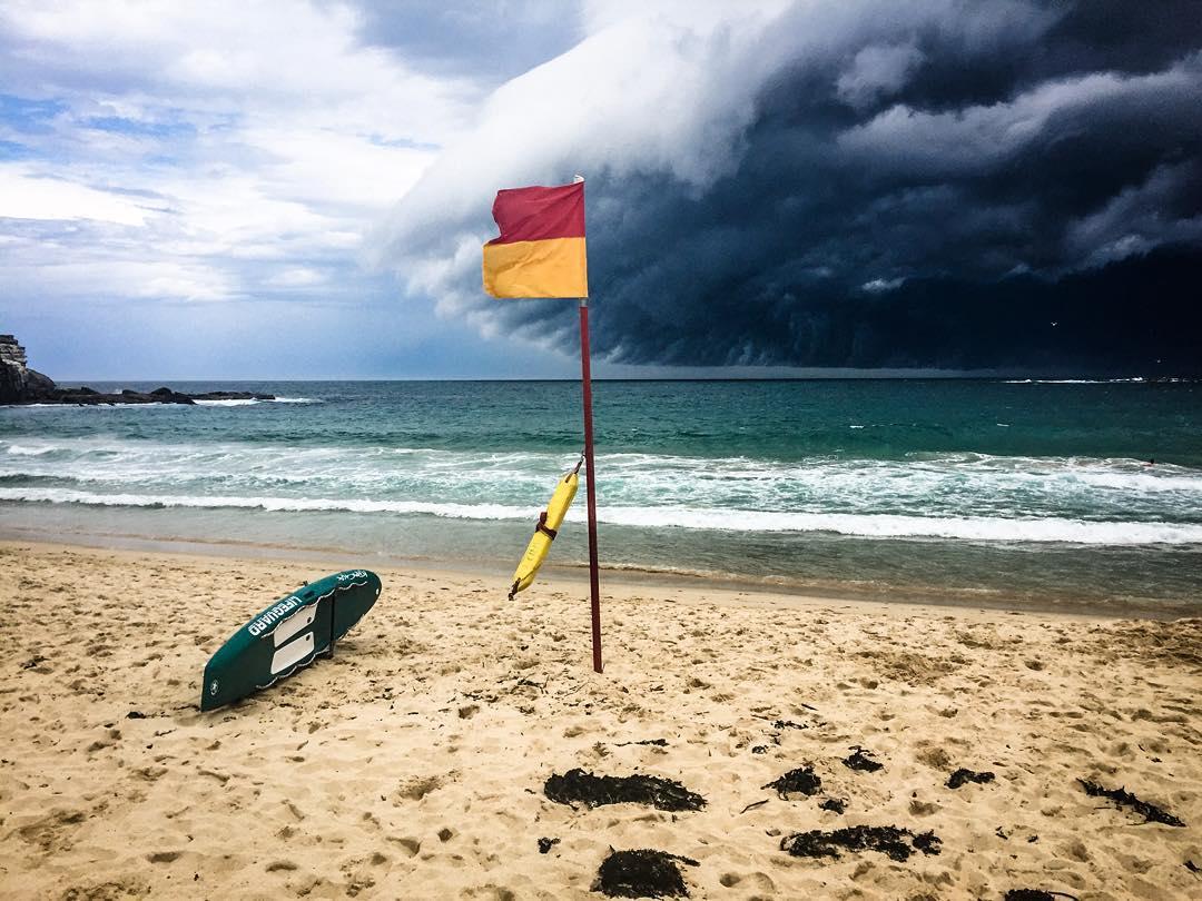 massive-cloud-tsunami-sydney-australia-5