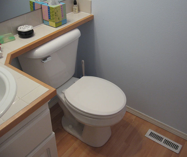 Ennek a WC-nek remélhetőleg sohasem lesz szüksége javításra