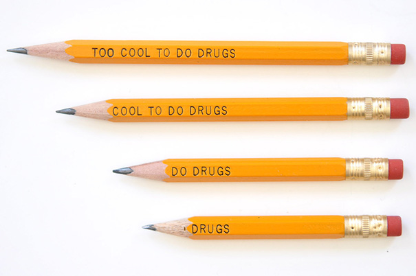 Túl menő a drogokhoz... Menő a drogokhoz... Drogozik... Drogok..