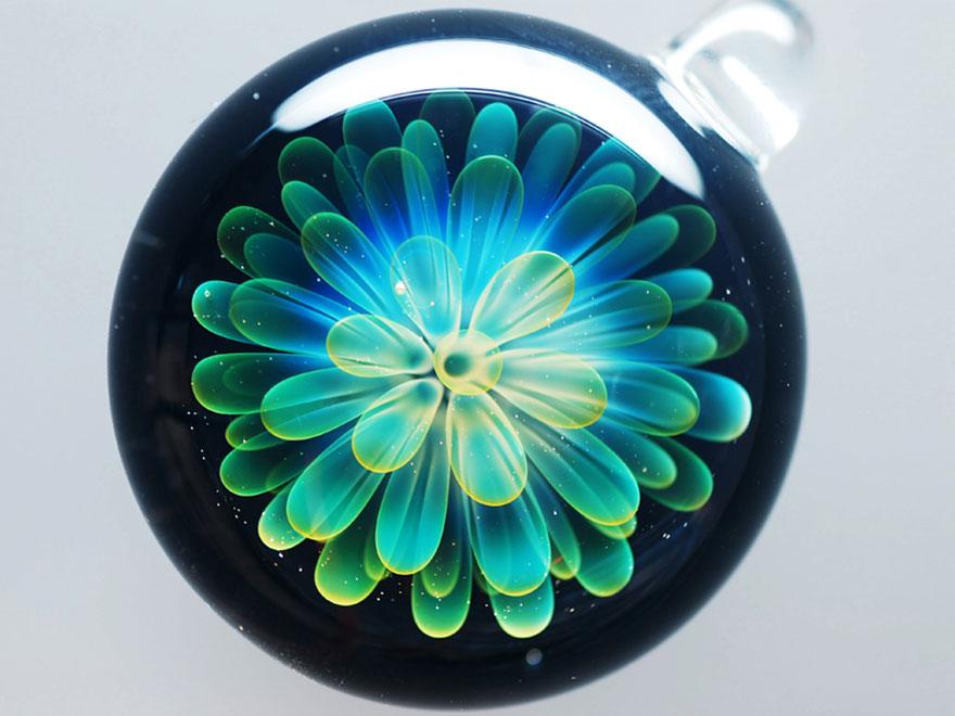 space-glass-planets-galaxies-stars-pendants-satoshi-tomizu-17