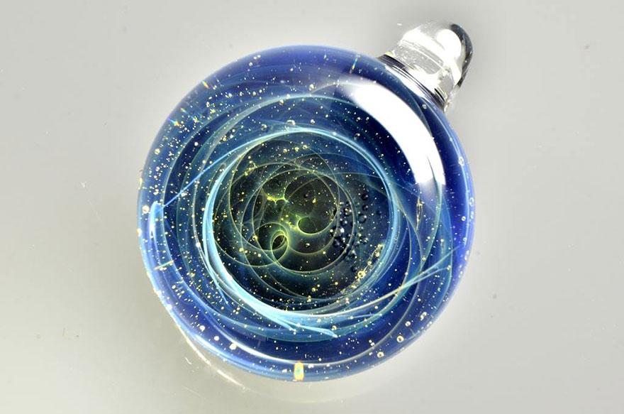 space-glass-planets-galaxies-stars-pendants-satoshi-tomizu-26