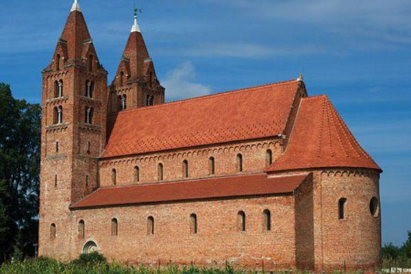 szatmári középkori templom