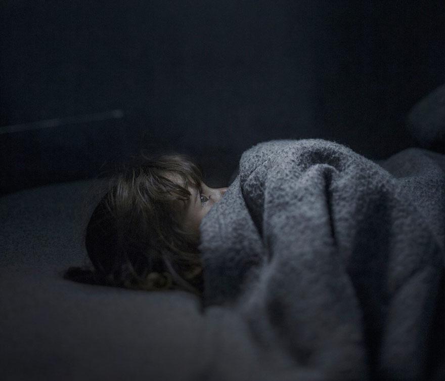 where-children-sleep-syrian-refugee-crisis-photography-magnus-wennman-6