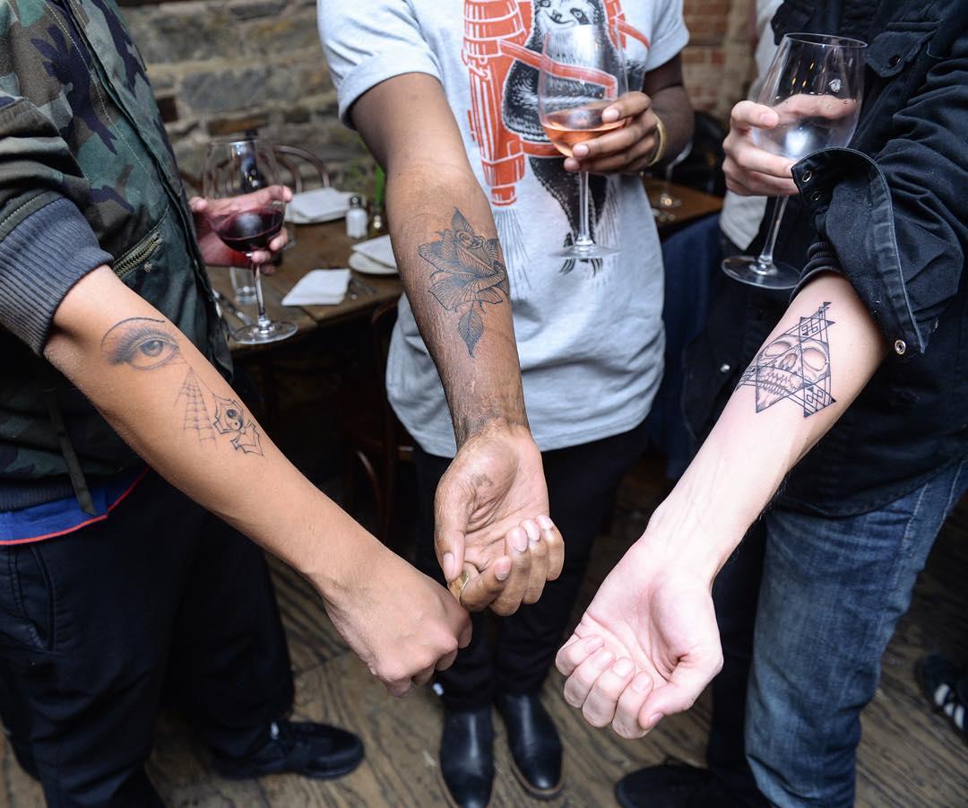 whole-glory-hole-tattoo-blind-scott-campbell-24