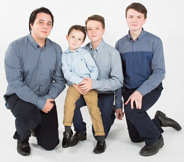 L-R, Oliver 21, Louis 13, Malachy 15 & John Boy 5 - All the boys - supermum Feature