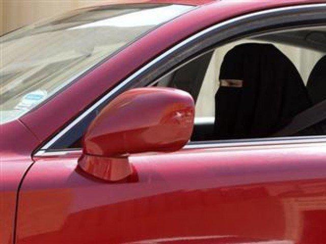 705853-saudiwomandriving-1399561582-173-640x480