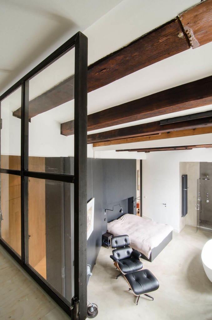 Bloemgracht-Loft-by-Amsterdam-Architects-of-Standard-Studio-7