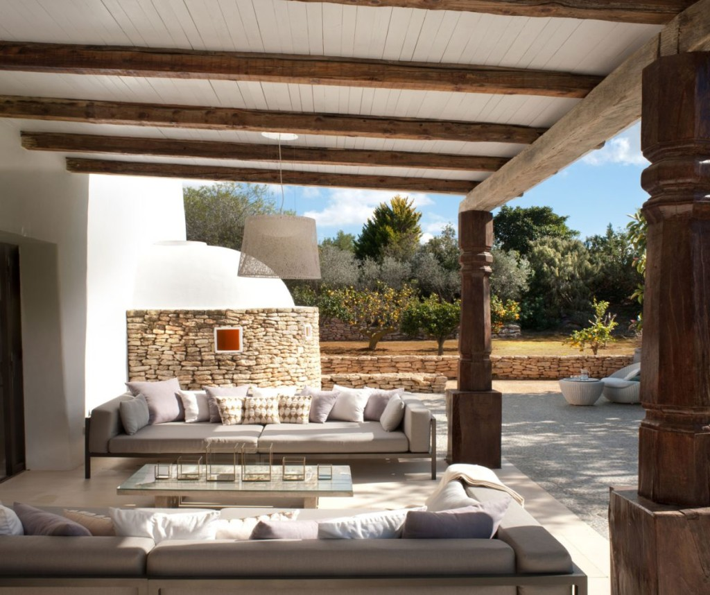 Modern-Ibiza-home-by-TG-Studio-outdoor-seating