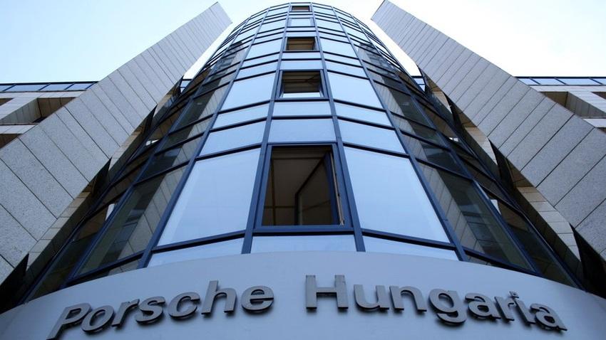 big_porsche_hungaria__1_