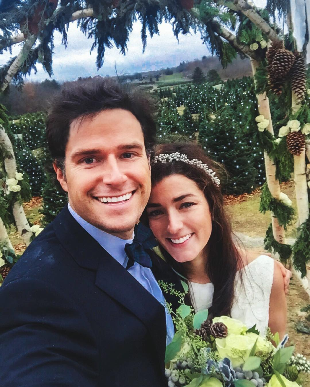 christmas-tree-farm-wedding-sarah-vickers-kiel-patrick-50