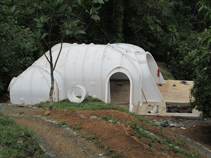 hobbit-holes-eco-friendly-houses-green-magic-homes-22